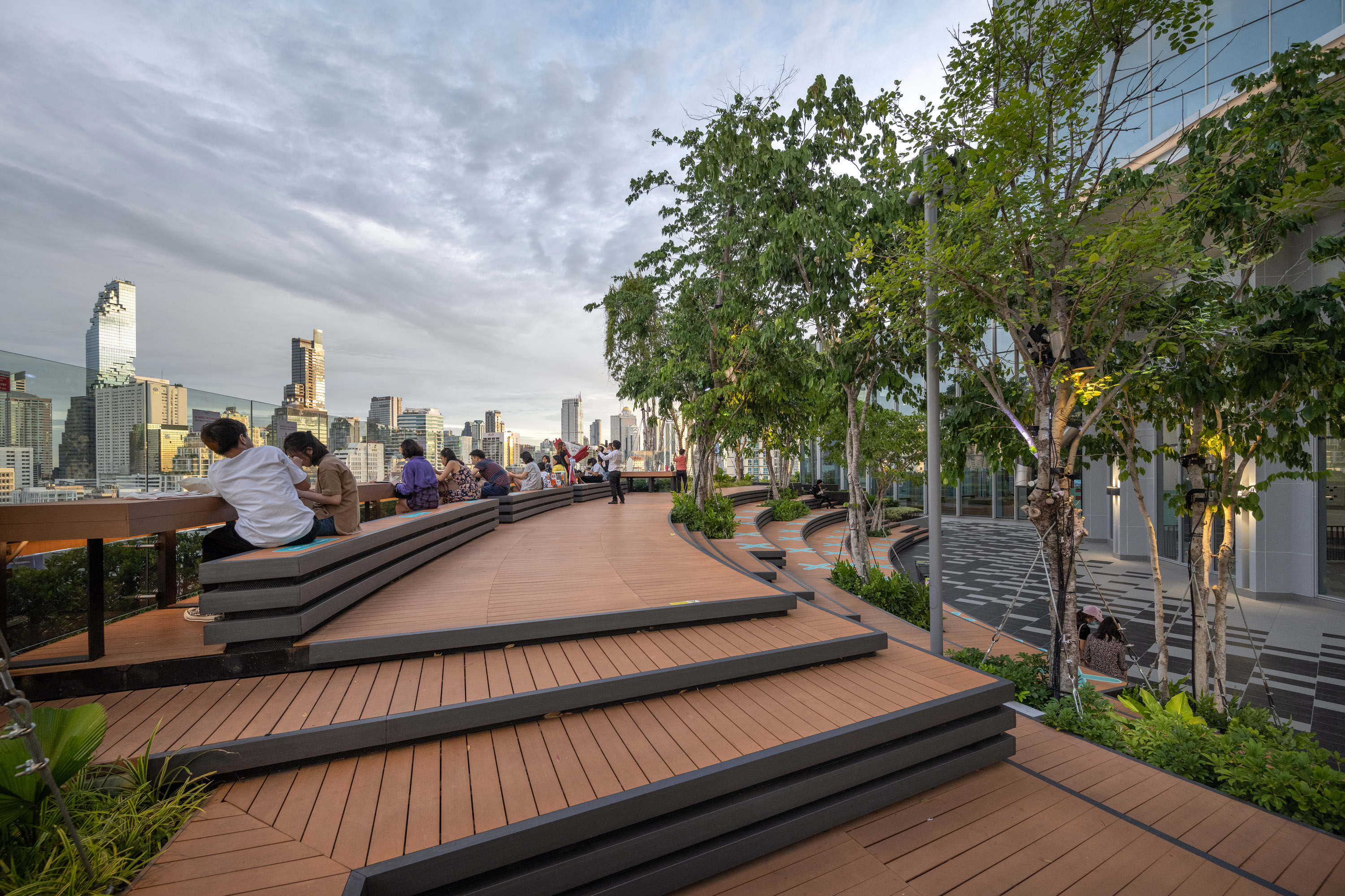 Multi-purpose seating on the rooftop